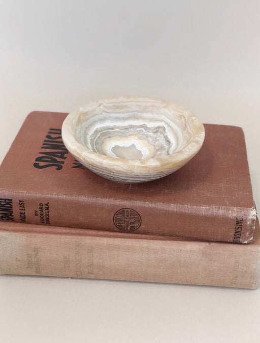 Onyx marble trinket bowl Vintage Bohème shelf decor Designer
