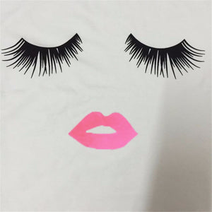 Eyelash Red Lips