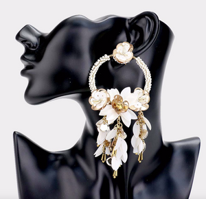 Floral Bae | Floral Cluster Beaded Earrings - White - Cutely Covered
