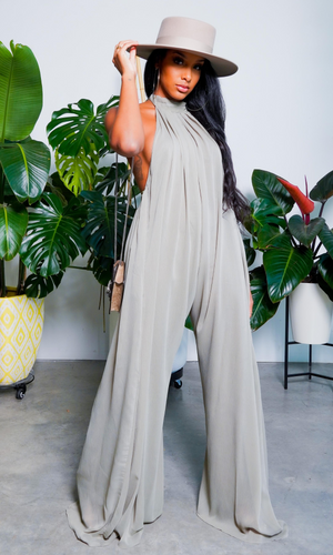 Cute & Casual l Halter Loose Jumpsuit - Olive