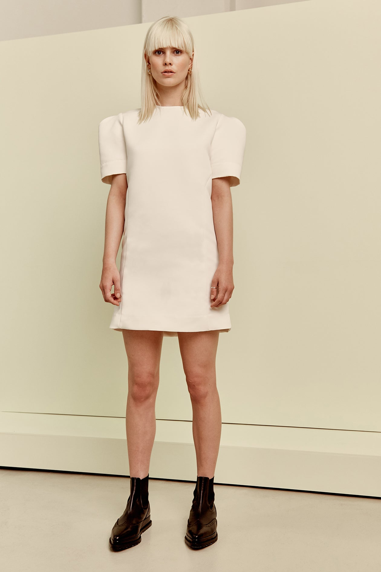 Shoulder Dress Ivory