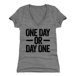 Motivational Women's V-Neck T-Shirt | 500 LEVEL