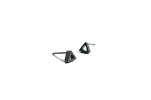 Triangular stud earrings - Oxidized silver