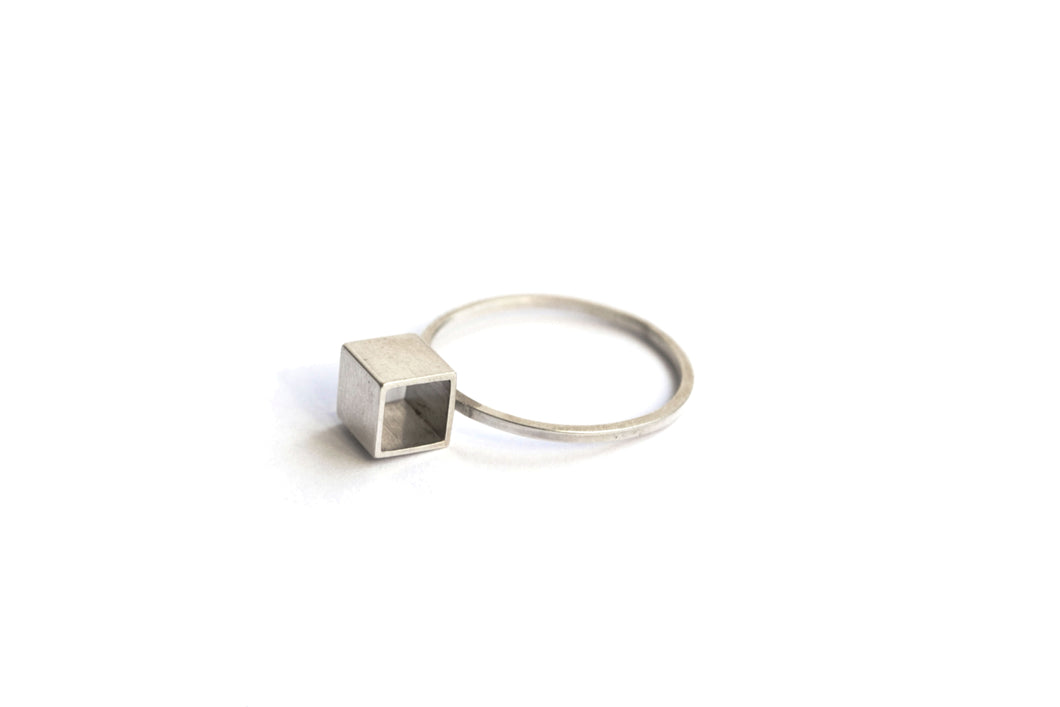 Large cube ring - Silver