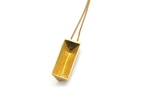 Triangle prism necklace - 18k gold