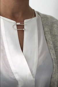 Horizontal balance necklace - Silver