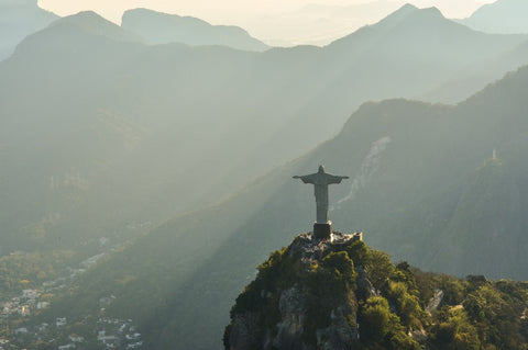 Managing the Dimensions of Culture: Brazil and Japan