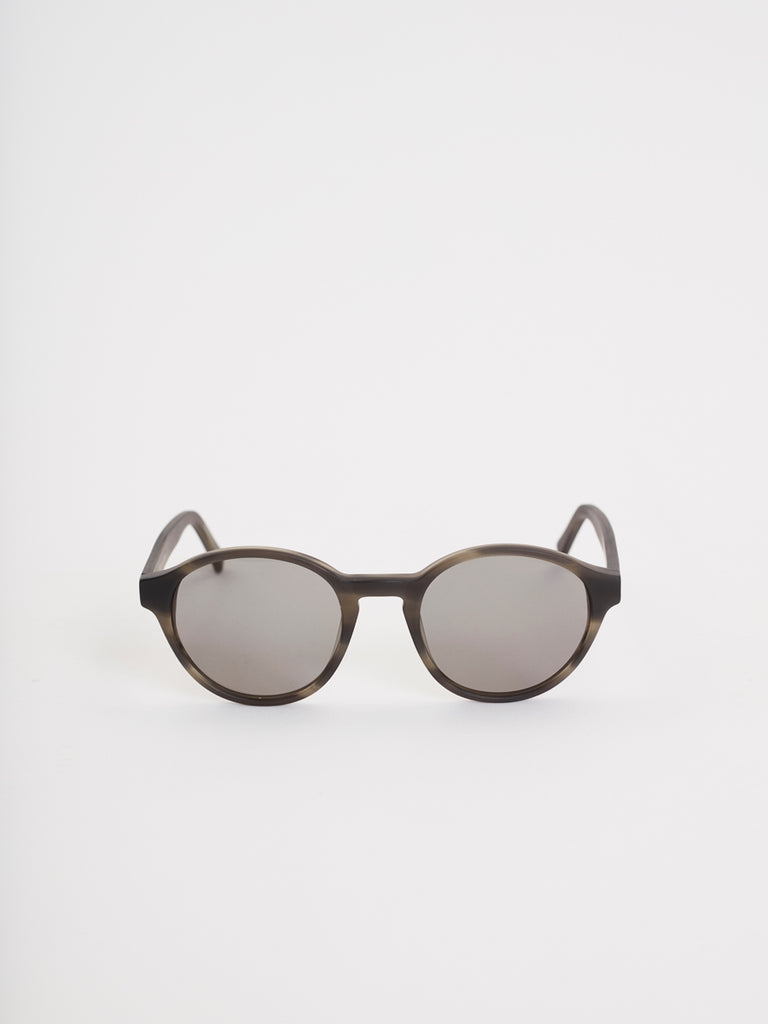 Tulum Sunglasses | Grey Scale