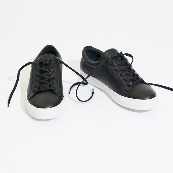 Legends Resort Classic Sneakers in black leather