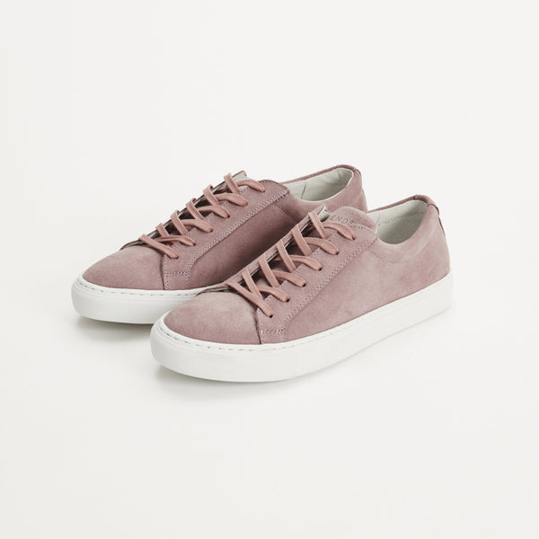 Legends Resort Classic Sneakers in lilac suede