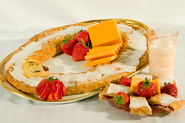Strawberry Cheese Danish Kringle 20oz.