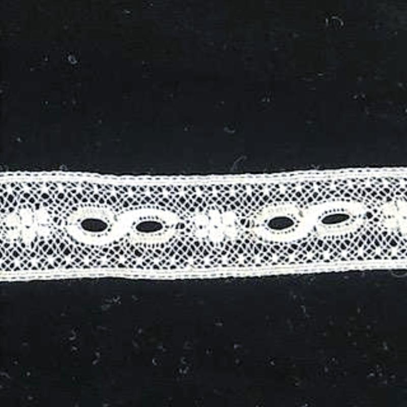 L-4 White and Ecru - Beading with Flower design.