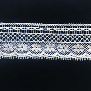 L-57A White and Ecru - Lace Edging - 25mm variation on Bow Design.