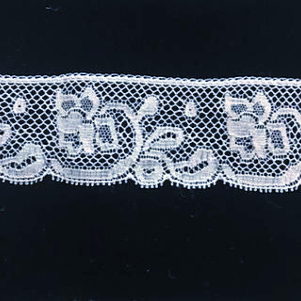 L-114 White - Lace Edging - 35mm Rose Design.