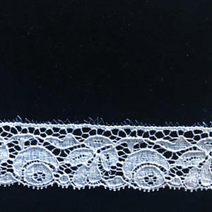 L-321 White - Lace Edging - 25mm Flower and Leaf Design.