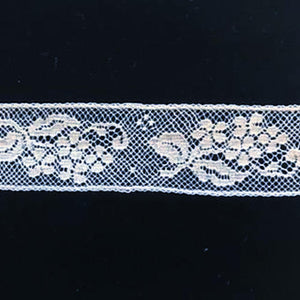 L-640 White - Lace Insertion - 25mm Small Flower Design.