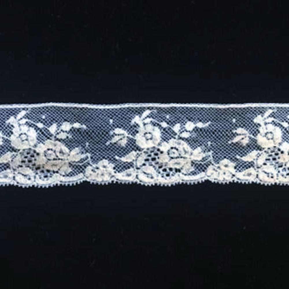 L-2025 Ivory - Lace Edging - 35mm