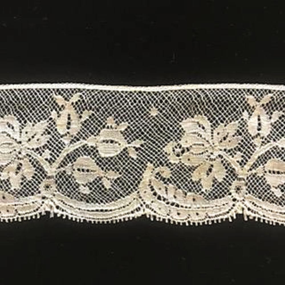 L-163 Ecru - Lace Edging - 55mm Flower and Leaf Design.
