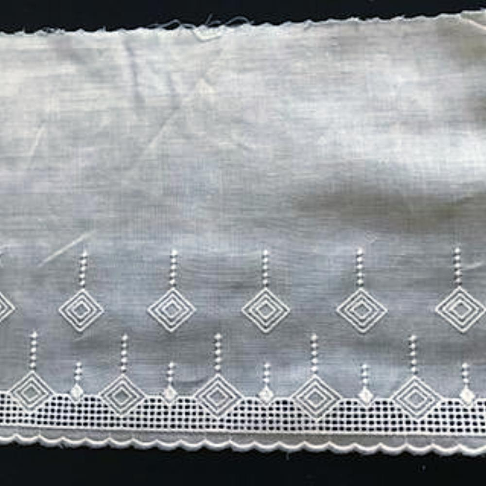 E-97 White - 130mm Embroidered Edging