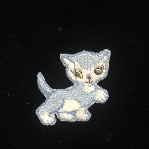Vintage Swiss Embroidered Cotton Motif - Cat - Code 39062
