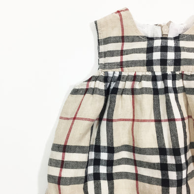 Barboteusecourte-Burberry-6mois-Burberry-loulook-kids-Barboteuse  courte-30f6c78f-aeef-4aa5-a669-2f2a74041637.JPG