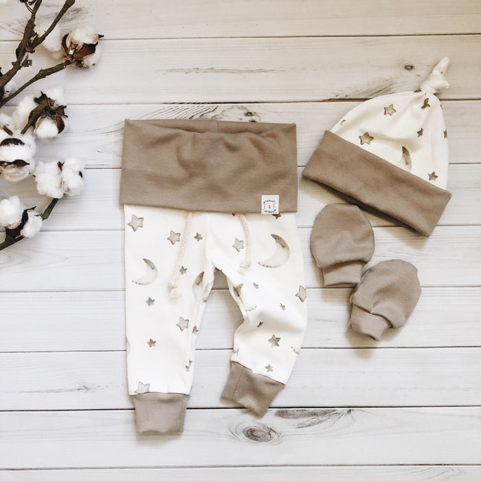 Luna Joggers, Knot Hat + Mittens - Coming Home Set