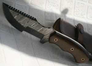 TR 95, Handmade 09.50 Inches Damascus Steel Tracker Knife - Maple Wood Handle