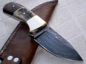 BC- T- 033 Custom Handmade Damascus Steel Knife- Solid and Durable knife