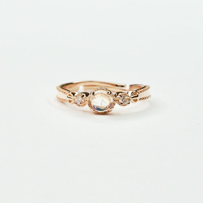 Moonstone Ring Rose Gold