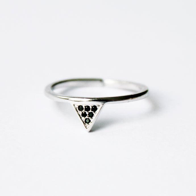 Silver Triangle Ring Black Crystal