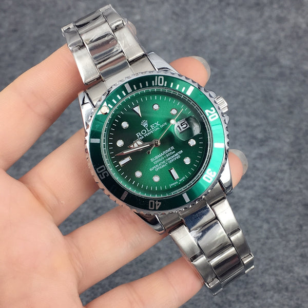 Replica-Rolex-Oyster-Perpetual-Submariner-Motivations-For-Luxury-Life