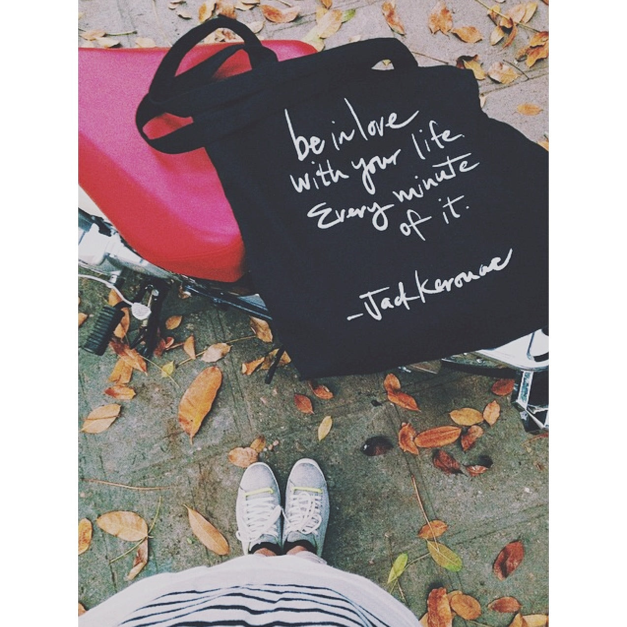 HẠT MƯA - TOTE BAG - QUOTE: BE IN LOVE