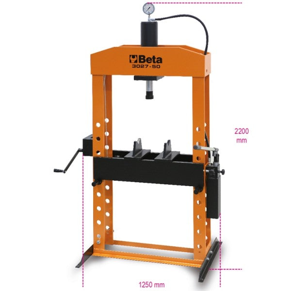Beta 3027 50 Hydraulic press with moving piston and hoist