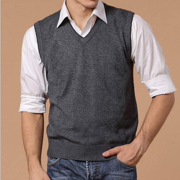 HEE GRAND New Arrival Men's Casual Slim V-neck Sweater Vest  Sleeveless Pullovers Fashion High Quality Wholesale MZB024