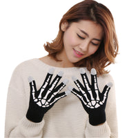 2017 New Winter Women Wool glove tactical touching screen Skull Claw Bone Flip Keep Warm Gloves guantes de cuero