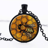 SUTEYI Creative The Bees Pattern Necklace Glass Cabochon Pendant Fashion Jewelry Black Chain Statement Necklace Gift for Women