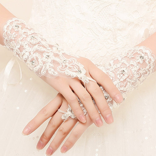 Hollow Diamond Suncreen Gloves Women Lace Gloves Ladies Short Gloves Female