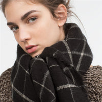 Autumn and winter British style lattice pattern the new hot women's elegant generous simple temperament noble elegant scarf