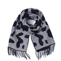 Autumn and winter British style Spot pattern the new hot women's elegant generous simple temperament noble elegant scarf