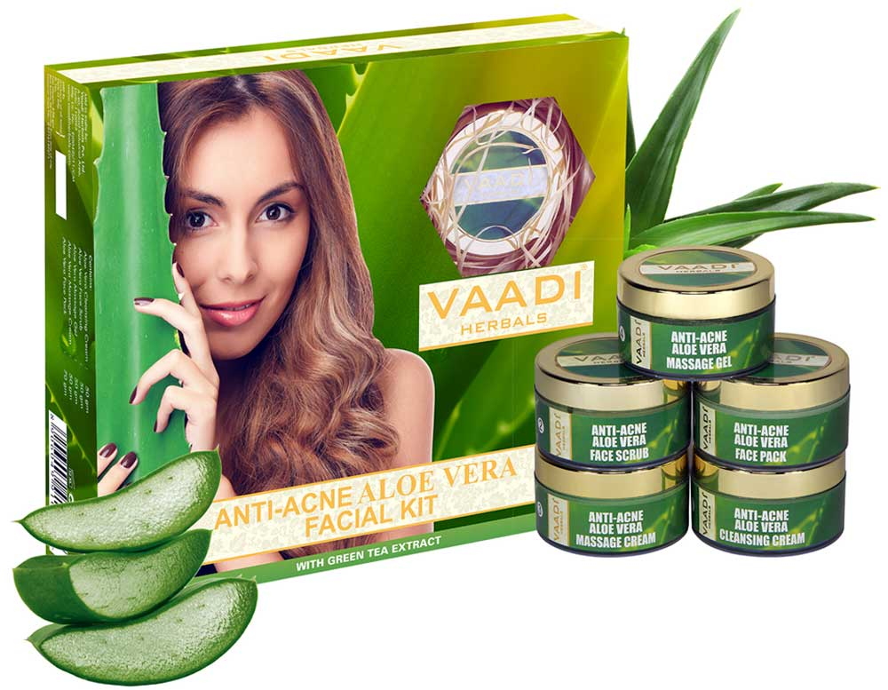 Anti-Acne Aloe Vera Facial Kit with Green Tea Extract (270 gms)