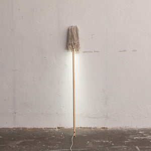 Leuchte 'End Of Work Mop'
