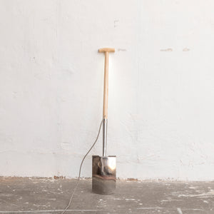 Leuchte 'End Of Work Spade'