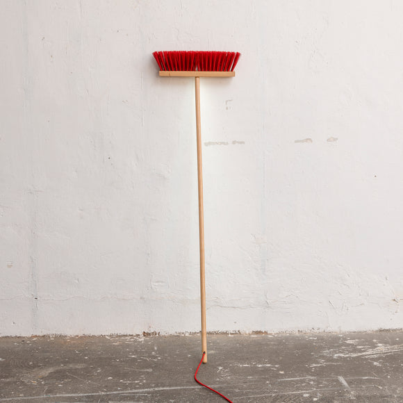 Leuchte 'End Of Work Broom'