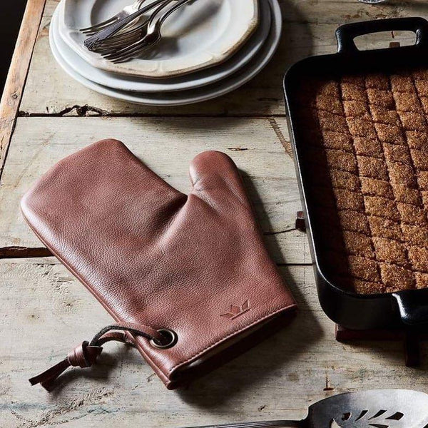 LEATHER OVEN GLOVES <br> New Ruby Red