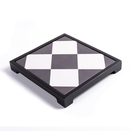 DIAMOND PATTERNED <br>CERAMIC TRAY