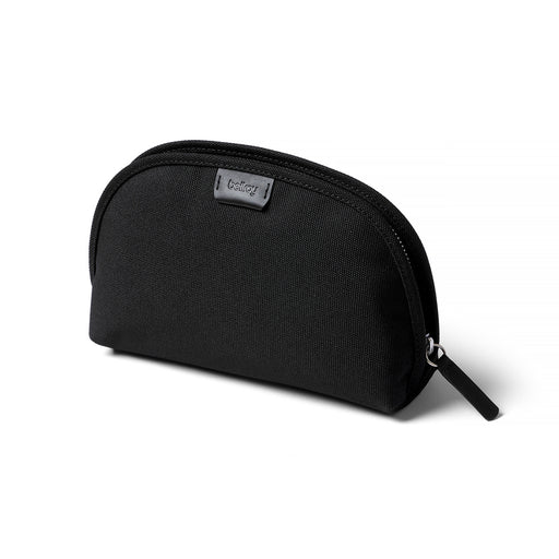 BLACK<br> CLASSIC POUCH