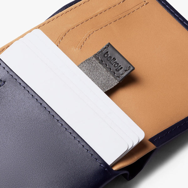 NOTE SLEEVE <br> NAVY