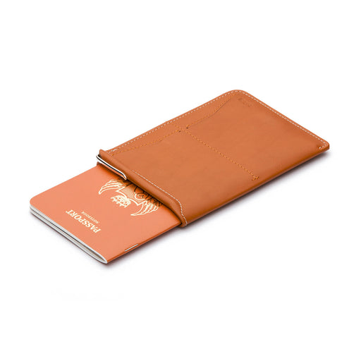 CARAMEL <br>PASSPORT SLEEVE