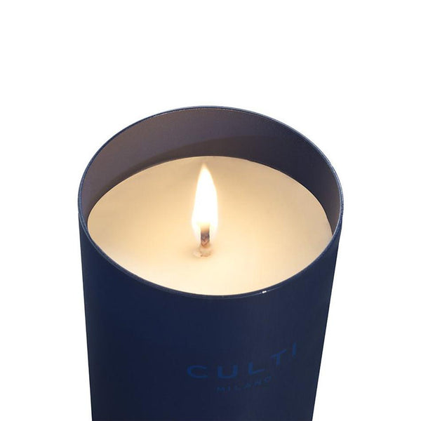 BLUE CANDLE <br> FIQUM