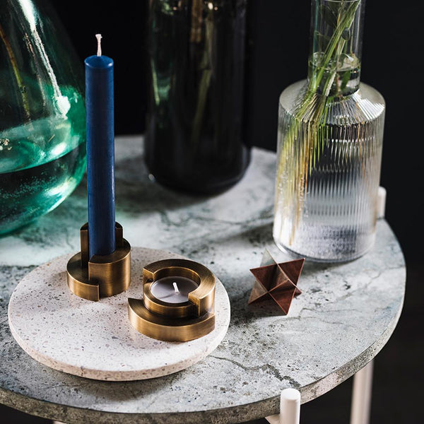 CIRCULAR <br> CANDLE HOLDER